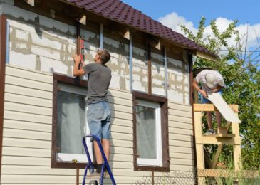 Top 3 Reasons Why Your Home Needs New Siding