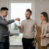 A Seller's Responsibilities When Closing a House